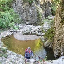2 Day Private Tour – Transfagarasan Highway and Hiking in Fagaras Mountains - Private tour guide Hiking on Stan's Gorge