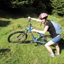 Private active mountainbiking day tour