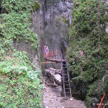 Active trekking tour in Piatra Mare Massif - 1 day - Entrance to 7 Ladders Canyon