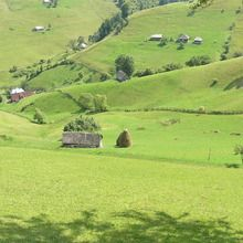 Small-Group Day tour in Romanian mountain villages - Magura village