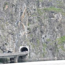 Small-Group Day tour Transfagarasan road and Poienari Fortress - Vidraru Dam