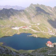 Day tour Transfagarasan road and Poienari Fortress - Balea Lake - general view