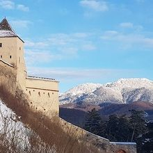 Small-Group day trip Bran Castle and Rasnov Fortress Tour from Brasov - Rasnov citadel
