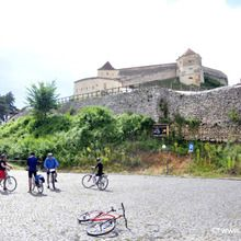 The Heritage of Transylvania cycling tour - 8 days - Rasnov fortress