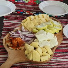 Village life in Transylvanian Carpathian mountains - 8 days - Cheese tasting