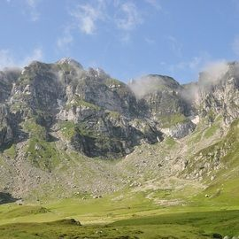 Backpacking Romania, Bucegi mountains - Malaiesti hut area